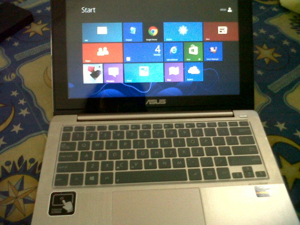 Asus Vivobook S200 Core i3