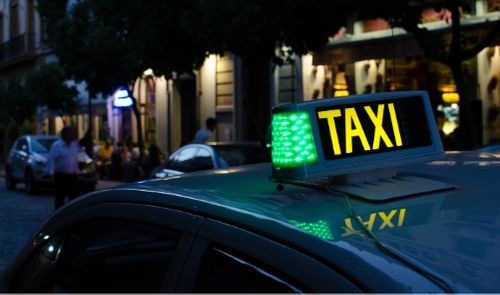 Oknum Driver Taxi Minta Minimum Payment Tidak Resmi